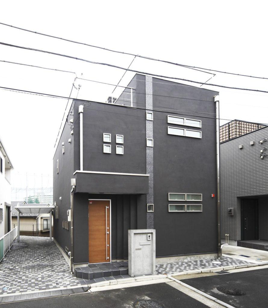 モダンなデザインの都会の家
